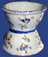 Coquetier_faience_nevers_2