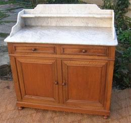 Le Blogue Antiquites Meubles De Toilette