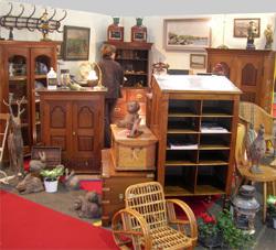 Antiquites_marine_salon_antiquaires