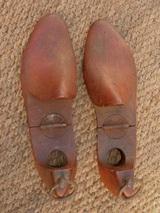 81d2f2e0d744c4 Le Blogue antiquités: Embauchoirs - Formes pour chaussures