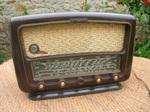 Radio_bakelite_1